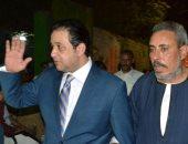 علاء عابد ينظم جولة فى قرى الصف ويؤكد للأهالى لن نسمح بخصخصة مصانع الدائرة