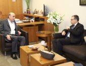 رئيس حزب القوات اللبنانية يجتمع مع السفير المصرى لبحث الأوضاع السياسية