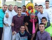 بالصور.. مسيحيون يحتفلون مع المسلمين بالعيد فى سوهاج