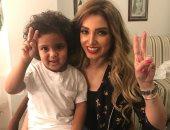 روجينا معلقة على صورتها مع نجل محمد رمضان: ربنا يحفظك حبيبى القمر ابن أخويا