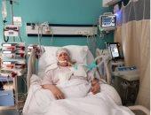 """سعد الصغير ينشر صورة لوالدته على سرير بمستشفى: """"أهم حاجة فى حياتى"""""""