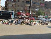 قارئ يشكو انتشار القمامة بشارع قهوة شرف فى شبرا الخيمة
