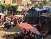 بالصور.. مزلقان الدلجمون بالغربية يهدد سلامة المواطنين ومطالبات ببناء جدار