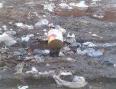 بالصور ..استمرار تسرب مياه الصرف الصحى فى شوارع مدينة موط بالداخلة