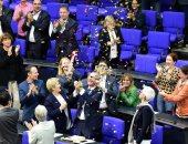 بالصور.. البرلمان الألمانى يقر قانونا يسمح للمثليين بالزواج