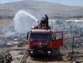 ننشر أول صور السيطرة على حريق بمخيم للاجئين السوريين فى لبنان
