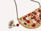 لو بتحبى الأكل واللبس.. بالصور شنطة جديدة على شكل بيتزا هتعجبك