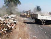 مراكز المنيا تواصل حملات النظافة اليومية ورفع الإشغالات من الميادين