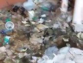 بالصور.. قارئ يشكو من مياه الصرف وتراكم القمامة بإسكان الشباب فى 6 أكتوبر