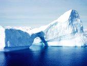 علماء: الاحتباس الحرارى تسبب فى تصدع أضخم جبل جليدى