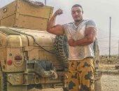 """والد الشهيد خالد المغربى """"دبابة"""" من أمام قبرة: قالى أنا مشروع شهيد.. فيديو"""