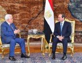 السيسى يبحث مع أبو مازن سبل دفع جهود المصالحة الفلسطينية واحتواء الخلافات
