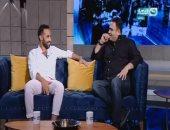 """بالفيديو.. أبو حفيظة وأحمد فهمى يقدمان برنامج """"آخر النهار"""""""