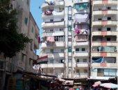 قارئ يحذر من عقار مائل بشارع الزهور فى محافظة الإسكندرية
