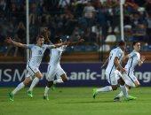بالفيديو.. إنجلترا تتوج ببطولة أوروبا تحت 19 عامًا بثنائية فى البرتغال