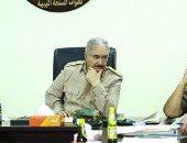 """""""حفتر"""" يأمر بالتحقيق فى واقعة العثور على جثث قرب بنغازي"""