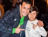 """الحضرى يحتفل بعيد ميلاد ابنه الأصغر """"ياسين"""" على تويتر"""