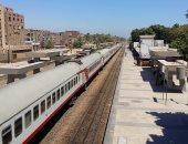 انتظام حركة القطارات بسوهاج عقب توقفها بسبب عطل ميكانيكى