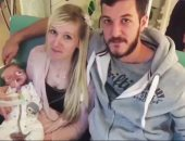 """والدا الرضيع البريطانى """"تشارلى جارد"""" يوافقان على السماح بموته"""