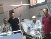 سعد الصغير معلقا خلال زيارته مركز الكلى بشبرا الخيمة: الواحد فى نعمة بجد