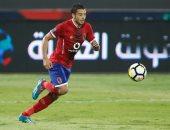 شرين شمس يؤازر لاعبى الأهلى وباسم على يواصل التأهيل