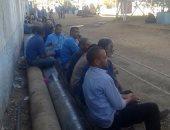 عمال سكر مصنع سكر إدفو يطالبون بضم علاوة غلاء المعيشة