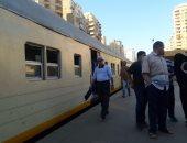 قارئ يشكو توقف قطار رقم 905 القاهرة – الإسكندرية بقها دون معرفة الأسباب