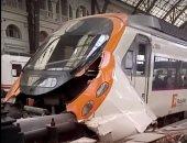 بالفيديو والصور.. ارتفاع حصيلة حادث قطار إسبانيا لـ54 مصابا