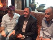 وزير الثقافة الجزائرى يلتقى بالفنان عزت العلايلى وفنانين عرب