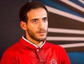 الأهلي يسمح لهشام محمد بأداء العمرة بعد الإصابة