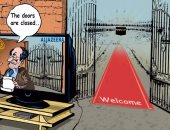 كاريكاتير بالإنجليزية يسخر من تدليس الجزيرة عن إغلاق السعودية للحج