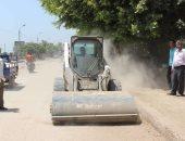 بالصور .. رفع القمامة والمخلفات من الشوارع والطرق بمراكز المنيا