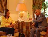 وزيرة التخطيط تبحث مع أمين جامعة الدول العربية دعم منظمة التنمية الإدارية