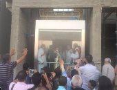 بالصور.. مطران أسيوط يوجه التحية للمشاركين فى احتفالات صوم العذراء بدير درنكة