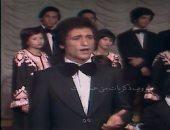 بالفيديو.. محمد الحلو يغنى لـ عبد الوهاب فى أواخر السبعينيات قبل الشهرة