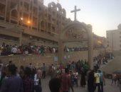"""بالصور.. توافد المواطنين للاحتفال بمولد """"العذراء"""" بدير درنكة فى أسيوط"""