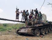انشقاق عدد من الضباط والقادة العسكريين عن صالح وانضمامه للشرعية باليمن