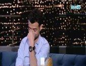 هيثم شاكر يجهش بالكباء على الهواء: كنت بستمد قوتى من أمى