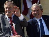 """جورج بوش الأب والابن يدعوان إلى رفض """"العنصرية ومعاداة السامية"""""""