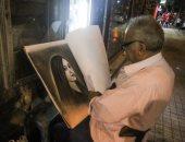 عم مصطفى رسام البورتريه: أمارس الفن منذ 60 عاما وسعر اللوحة كان 40 قرشاً