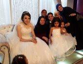 بالصور.. الزميل أحمد محمد عبد المنعم يحتفل بزفافه على الجميلة زينب فى جو عائلى