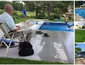 """""""حمام سباحة"""" للجيران بدل الوحدة.. عجوز يواجه فقدان زوجته باللعب مع الأطفال"""