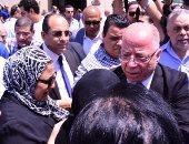 وصول جثمان محفوظ عبد الرحمن مسجد الشرطة ووزير الثقافة أول الحضور