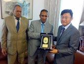 وفد جامعة أسوان يزرو السفارة الكورية بالقاهرة لبحث سبل التعاون المشترك