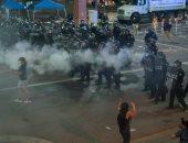 فيديو.. سلب ونهب بمنيابوليس الأمريكية خلال احتجاجات على مقتل رجل أسود