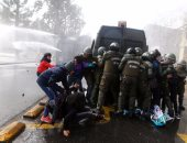 مواجهات فى نهاية مسيرة فى ذكرى ضحايا الحكم الديكتاتورى فى تشيلى