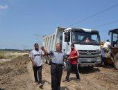 مساعد محافظ كفر الشيخ يتابع الأعمال الجارية بموقع مصنع الرمال السوداء ببلطيم