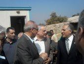 بالصور.. وصول وزير الرى لحى شرق شبرا الخيمة لتفقد مشتل ترعة الإسماعيلية