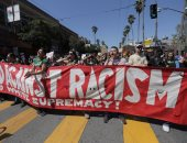 بالصور.. تظاهرات ضد العنصرية فى ولاية كاليفورنيا الأمريكية