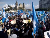 بالصور.. استمرار الاحتجاجات فى جواتيمالا ضد الرئيس جيمى موراليس